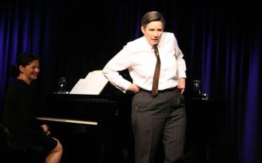 2014-12-24 Sigrid Grajek als Claire Waldoff - Foto © BonMot-Berlin Carlo Wanka 005