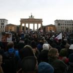 2015-01-11 04 JeSuisCharlie - Berlin - Foto © Carlo Wanka