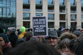 2015-01-11 10 JeSuisCharlie - Berlin - Foto © Carlo Wanka