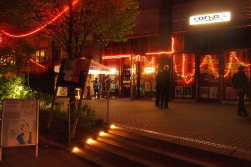 Corbo by night - Foto Carlo Wanka © BonMot-Berlin Ltd.