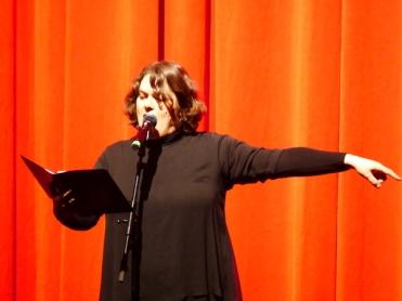 Kunstform Instantprotokoll: In Verse gefasst hat Patti Basler ihre Zusammenfassung der Opening Gala.