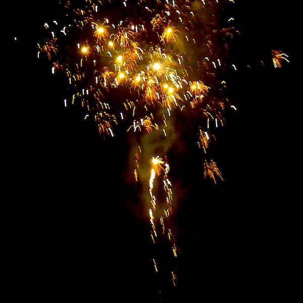 2019-01-01 Feuerwerk Fidicinstraße 2 - Foto © Carlo Werndl von Lehenstein